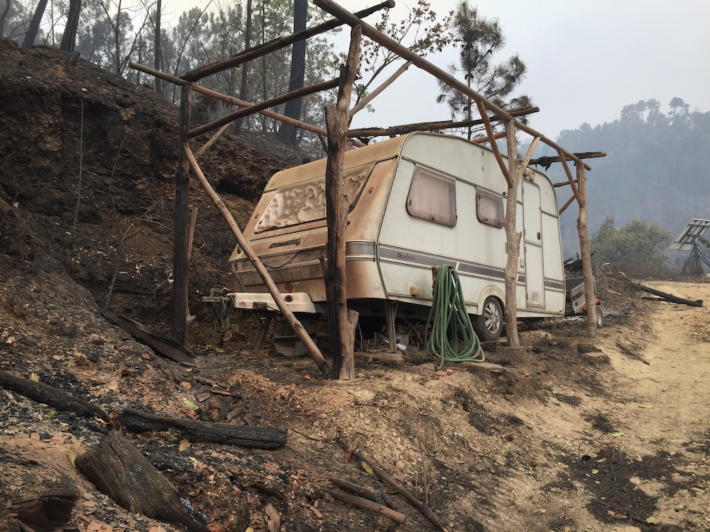 The second volunteer caravan at Quinta do Vale after the fires of October 2017